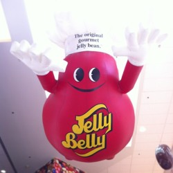 The first stop. #midweekvaca (at Jelly Belly Factory)