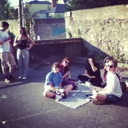 barbecue in the car park <3 #uni #student #summer #sun