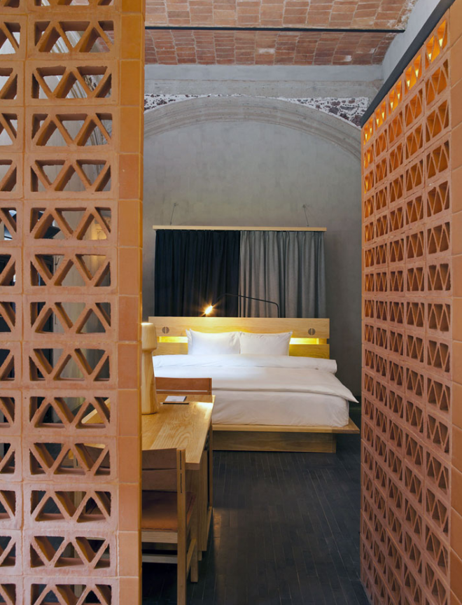 Gorgeous hotel and hostel in Mexico City