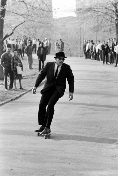 marcelxo:  skateboarding through Central Park - 1965 (source unknown)