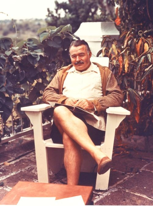 "awesomepeoplereading:  Hemingway reads. theparisreview:  More than two thousand papers and other materials from Ernest Hemingway's Havana estate, Finca Vigia, are being transferred to the Library of Congress. These will include passports showing Hemingway's travels and letters commenting on such works as ""The Old Man and the Sea.""For more of this morning's roundup, click here."