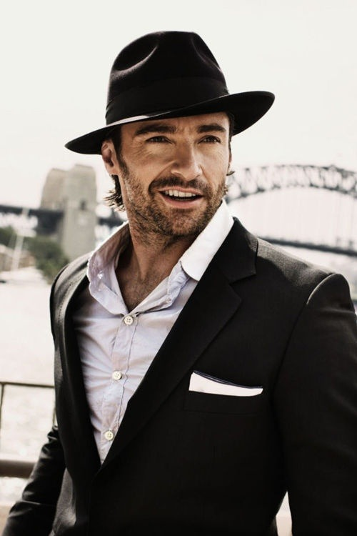 iamlookingbackatyou:  Hugh Jackman - good looking in a hat!!! (via It's a Man's World / Men should start wearing hats like this again || I agree)