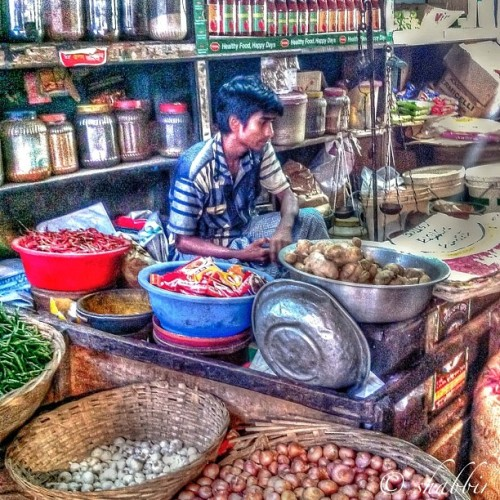 'The Commodity & Spices Shop' in my city  Selamat Malam Fams 🙏👊✌  🅾Republic Indonesia🅾  Great Pic shot by @myfotodiary for  ▶ @hdrindonesia  🅾 #hdr_indonesia  #ehem_bareng4  #iphonesia  #instanusantara  #hdrproject 🅾   💂APPS:- Photomatix Pro Snapseed, PhotoFx & Framemagic💂 Its a SK™HDR edited by @myfotodiary  Follow 🔱@HDR_ARTS🔱 #hdr_arts #gang_family #hdrstyles_gf ✨✨✨✨✨✨✨✨✨✨✨✨✨✨✨✨ The Cultures Of Photographers | HDR Photography  Follow 🔱@United_HDR🔱 Tag our own photo shots and clean HDR pics to #United_HDR to be featured 