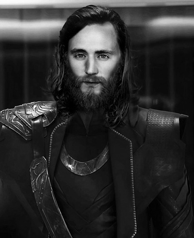 Playing again with Loki's beard, but this time using photoshop, please don't blame me I just imagine how he could look imprisoned in Thor 2 OK, nop… is not Moises XD