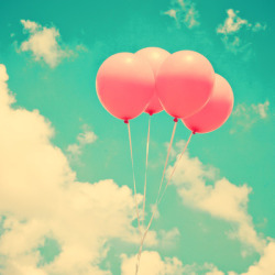 call-me-edith:  Let Go sur We Heart It. http://weheartit.com/entry/57655931/via/Emilia98
