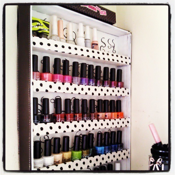 DIY Nail Polish Rack ^_^  (em Quinta do Rouxinol)