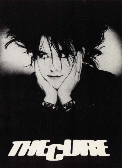 psychedelicintentions:  Robert Smith