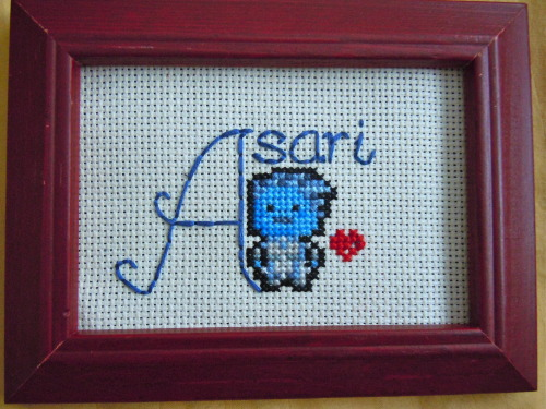 taycookie:  Asari cross stitch ~ i am the coolest friend ever?  Yes you are!!!!
