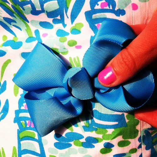 aculturedpearl:  A bow for every print