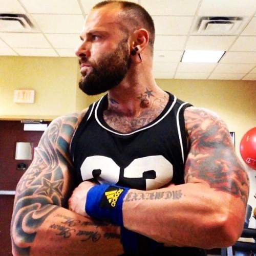 jamesmordaunt: #instagay #instahomo #instagymbody #gay #gayink #gym #gaybear #gayswag #gaybeard #gayfollow #gaymuscle #gaygym #gaytattoo #gaysofinstagram #muscle #muscleoftheday #progress #ruffroad #arms [x]
