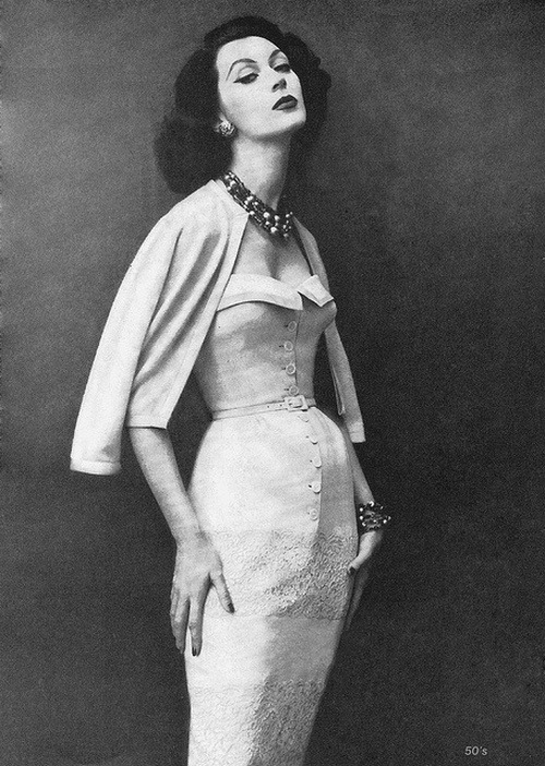 theniftyfifties:  Dovima wearing a dress by Frederic Harvey, 1957.