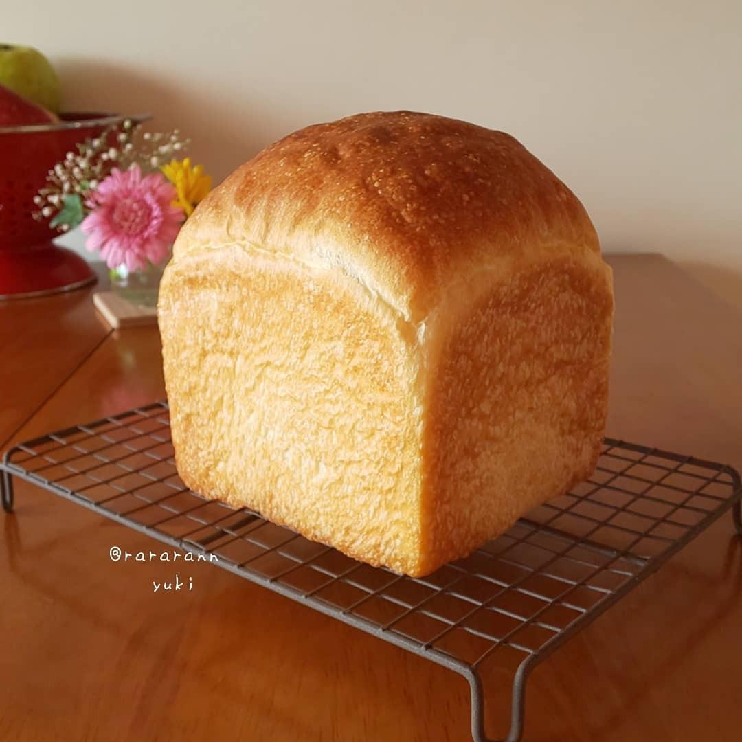 rararann154 #bread#food#baking#cottagecore#loaf#rolls#baked goods#foodblr#yummy#instagram