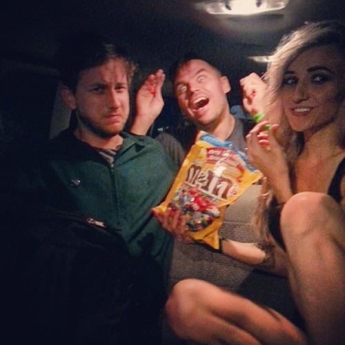 littlelightsy:  Devastating a giant treat bag backstage aka the van.