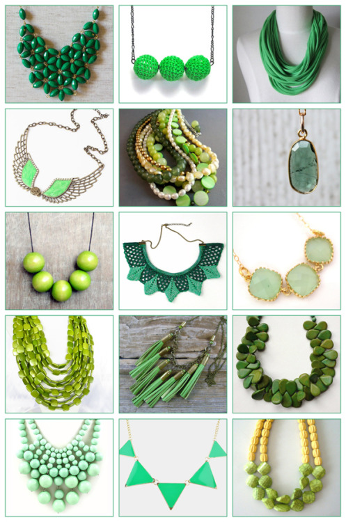 Kick off your St. Patty's Day weekend with a splash of green: green necklaces found on Etsy!  http://www.larkcrafts.com/jewelry-beading/st-pattys-day-finds-green-necklaces-on-etsy/