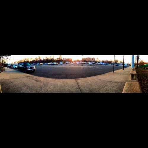 At the train station #parkinglot #trainstation #spring #sunset #panorama  (at Roslyn train)