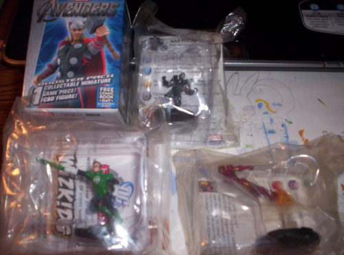 thetwitchybunny:  Okay here I have 4 Game Herocix DC and Marvel. All are Mint. (Free Comic Book 2012 ) In Box Thor 10th Heroclix Anniversary Game Figure (Free Comic Book ) Green Lantern Game Figure with card. (Free Comic Book) Iron Man Game Figure with card (Free Comic Book) War Machine with card  Make Offer e-mail SailorKittyBell@hotmail.com buyer pays shipping  I have 3/4 of those pieces. They are all pretty solid. Especially that Thor. Hes one of the best Thors out there.