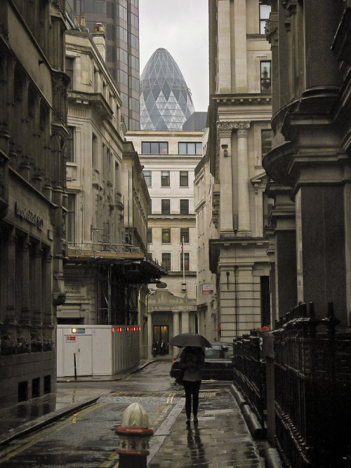noplacelikelondon:  Back Streets Of London.jpg (by jarr1520)