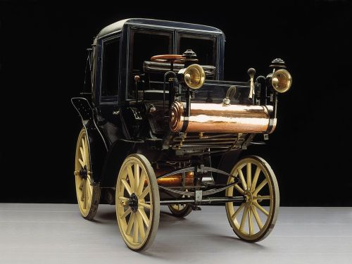 steampunktendencies:  1896 Motorized Daimler Taxi