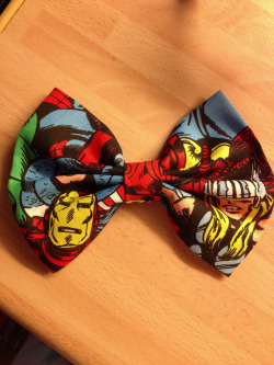 gnasherxx:  Made this today.  I am the proud owner of a Marvel Bow made by this lovely lady, you should check her stuff out!