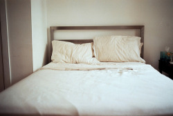 slanting:  bed | brooklyn (by naftels)