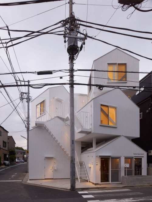 escuyer:  Tokyo Apartment designed by Sou Fujimoto Architects in Tokyo, Japan.  See more of our inspiration on Escuyer website