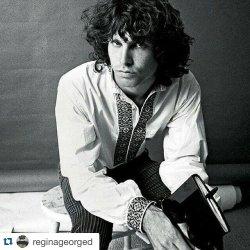 Remembering Jim Morrison. (December 8, 1943 - July 3, 1971) #jimmorisson #thedoors ・・・#Repost @reginageorged