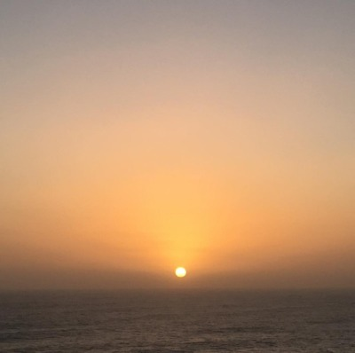 the-earth-would-die-if-the-sun-stopped-kissing