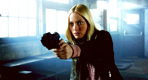 beyondhope:  one FRINGE cap per episode | 5x04 - The Bullet That Saved The World