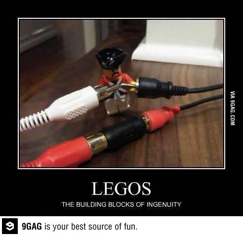 (via 9GAG - Smart Lego is smart Lego)