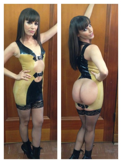 danadearmond:  Front and back view #ootd #latex #kink