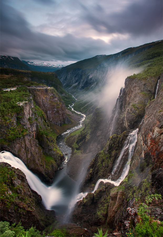 7000stars:  Vøringfossen (by Stephen Emerson)
