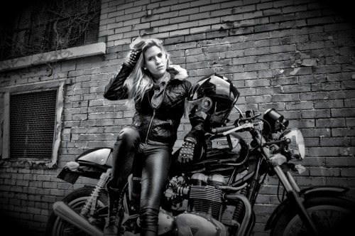 Canadian motolady Louna Payette-Brisson (from Québec) on her Triumph Thruxton. Gorgeous photograph by Marc-André Jobin. (Thanks for sending, Louna!) [ more tagged Thruxton | more motoladies ]