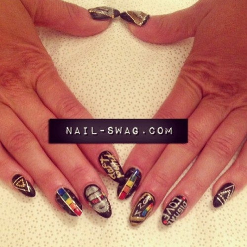 THE DAFT PUNK NAIL for @misscaitcass!!!!! #nailswag #nails #nailart #nailartclub #naillabo #swag #LA