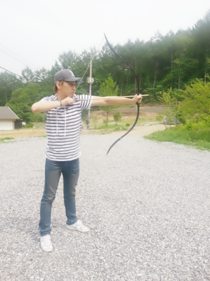 190513 Sungmin Blog Update Title: Side profile ke ke ke ke ke Well … still clumsy and lacking form but …  Yesterday's response was good … ke ke ke ke ke ke ke Though in jeans, I'm still the most good-looking  .. he he