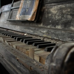 in-creible:  El piano sin musico. The piano without musician. Foto.   Perfect
