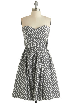 modcloth:  Our latest Make the Cut dress, the Make It Zig Dress, is bold in black and white!  Spring is here and the weather is wonderful! Thinking about wearing a dress? Try going out of your comfort-zone with some patterns!