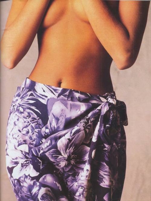 Elle Quebec, April 1990Model : Yasmeen Ghauri