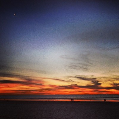 Is this what love feels like? #sandiego #sunset #missionbeach #thecoastwiththemost (at Mission Beach Boardwalk)