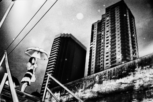 howtoseewithoutacamera:  by Jacob Aue Sobol Bangkok, Thailand, 2008. From Bangkok Encounter.