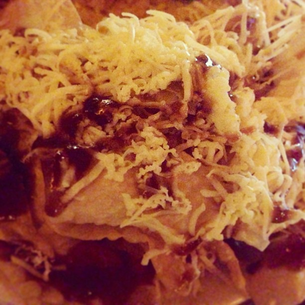 Nachos #instapic #instacool #instafood #instagood #instamood #dinner #blessed #bestoftheday #platter #photooftheday #philippines  (at Kyusinero Grill & Restaurant)
