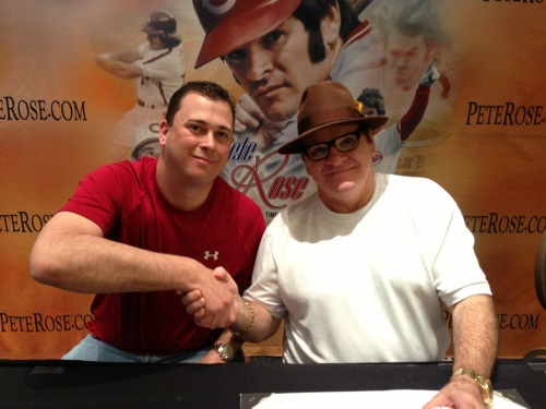 Just now have had an opportunity to post this pic of me and Pete Rose from a couple weeks ago. Nice dude.