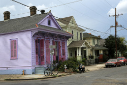 purple house on Flickr.When I grow up, I want to live in this little purple house. #neworleans