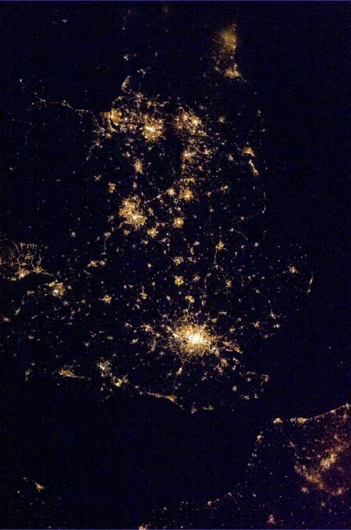 colchrishadfield:  Night wide angle from London to Newcastle to Wales.  Sure can see where we choose to live.