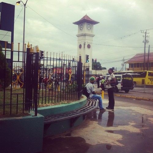 jamaicanboi49:  #hwt #kingston #jamaica #jamaicajamaica #clock  (at Half-Way Tree)