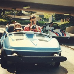 smileheartlove:  Circa '97 at the Magic Kingdom in Disney World. Only 25 days until vacation time. #disneyworld #disney #florida