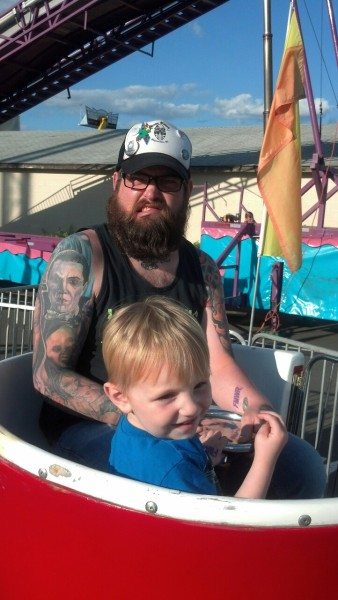 "toastmcghostin:  Ft Bragg Fair. Those ""kiddie teacups"" were no joke. I almost got sick ha"