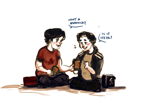 wugh i just think baby hawke and baby kaidan would so be sandwich pals ;;;;; TRADING SANDWICHES EVERY DAY