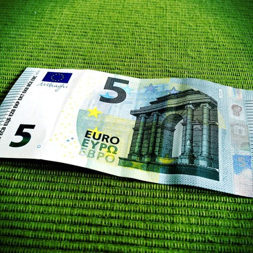 #new #design #redesigned #five #eur #euro #note #schein