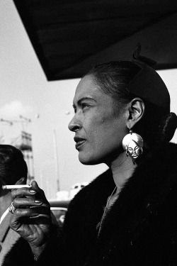 jazzrelatedstuff:  Billie Holiday.