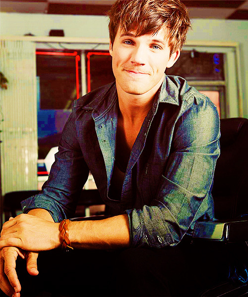 shayx3marie:  matt lanter tumblr - Pesquisa Google on @weheartit.com - http://whrt.it/11IAAGa